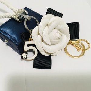 Accessories - ⚜️  Camelia flower Key Chain / Purse Decor ⚜️